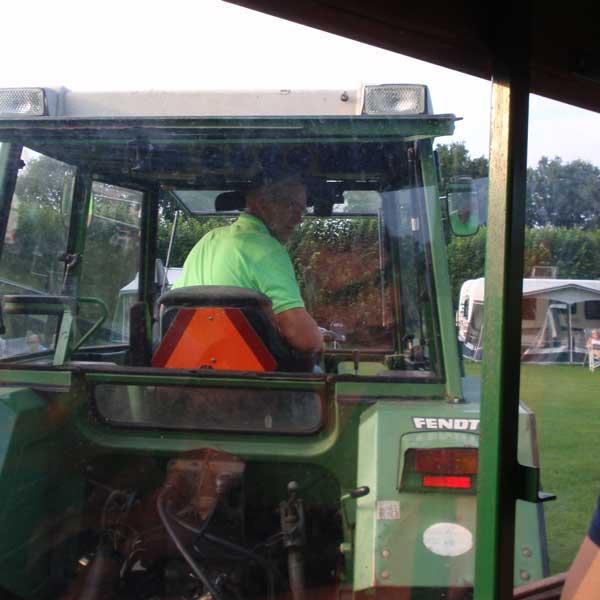 De boer met tractor